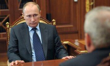 ASV amatpersona: Jaunās sankcijas būs vērstas pret Krievijas aizsardzības nozari un Putina līdzgaitniekiem
