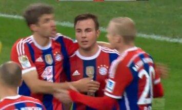 Video: 'Bayern' 'sagrauj' bundeslīgas debitantus un nopelna sev 'Oktoberfest'