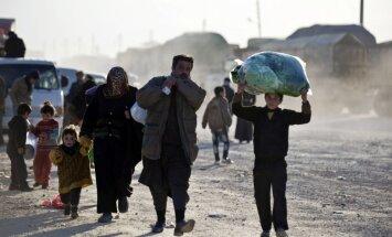 ANO: Pie Turcijas robežas sapulcējušies 20 000 Sīrijas bēgļu