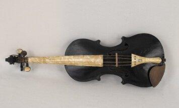 Rakstniecības un mūzikas muzeja dārgumi: Pētera Strazdiņa unikālā vijole