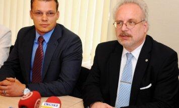 NA gatavo pieteikumu Satversmes tiesā pret bēgļu izmitināšanu Latvijā