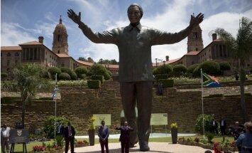 Mandelas mantojums – 4,13 miljoni dolāru