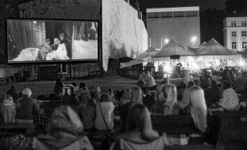Riga IFF izsludina Valmieras vasaras teātra festivāla brīvdabas kinoteātra programmu