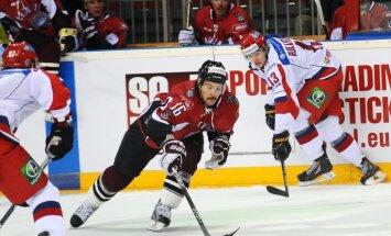 Daugaviņš un Girgensons nepalīdzēs Latvijas izlasei olimpiskajā kvalifikācijas turnīrā