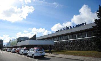 """В первом полугодии в аэропорту """"Рига"""" обслужено на 18,2% пассажиров больше"""