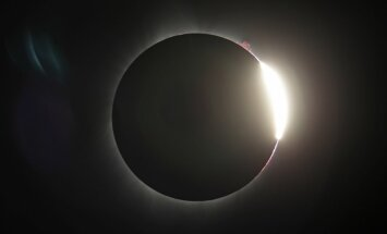 Foto: ASV novērots pilnīgs Saules aptumsums