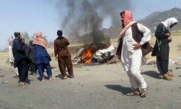 Uzlidojumā nogalināto Taliban līderi vedušā taksista ģimene plāno sūdzēt tiesā ASV