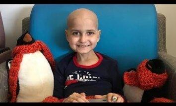 Ar vēzi slims puisēns no ASV lūdz sūtīt apsveikuma kartītes dzīves pēdējos Ziemassvētkos