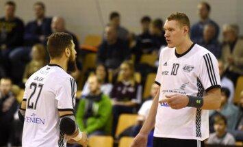 Latvijas handbola izlase zaudē Lietuvai un šķiras no izredzēm tikt uz pasaules čempionātu