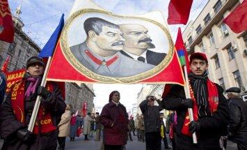 Пресса Британии — о комедии про смерть Сталина и об отношении Ленина к Украине
