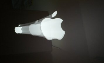 Tiesa 'Apple' uzliek 400 miljonu ASV dolāru sodu