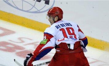 Rēdlihs palīdz 'Lokomotiv' hokejistiem pieveikt KHL līdervienību SKA