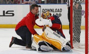 NHL mačā savainojumus gūst abi 'Panthers' vārtsargi