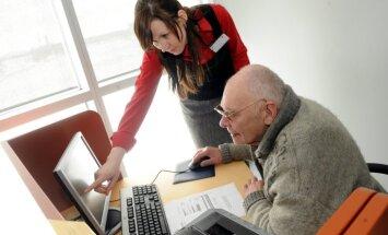 Инициатива освободить пенсии от подоходного налога набрала 10 000 подписей