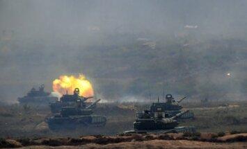 Kijeva: Krievija atstājusi Baltkrievijā karaspēku pēc manevriem 'Zapad'