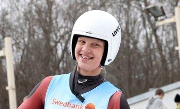 Kamaniņu braucēja Kendija Aparjode izcīna 8.vietu Eiropas junioru čempionātā