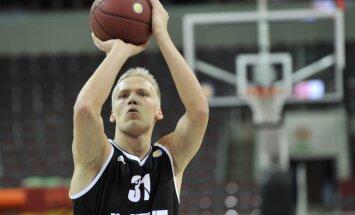 'VEF Rīga' basketbolists Bērziņš atzīts par VTB līgas februāra labāko jauno spēlētāju