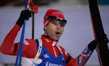 Первый масс-старт сезона выиграл француз Беатрикс, Бьорндален — третий