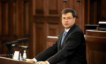 Premjers apmierināts ar valdības padarīto; opozīcija ironizē par 'veiksmes stāstu' (plkst.11.21)
