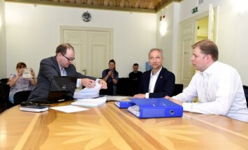 Новая консервативная партия первой подала список на выборы в Сейм
