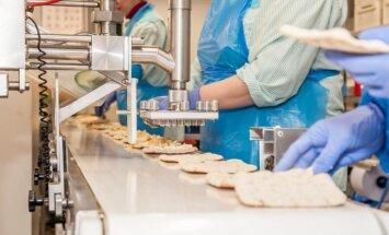 Latvijas pārtikas ražotāji šogad saskarsies ar darbaspēka deficītu, prognozē 'Orkla'