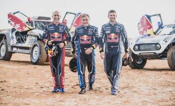 Ambīcijas: 'X-Raid' Dakaras rallija komanda piesaista Sainsu, Peteranselu un Desprē