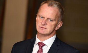 Vairāki VL-TB/LNNK valdes locekļi aicina 'oligarhu lietas' sarunas apspriest Saeimas komisijā