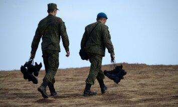 Krievijas Pleskavas apgabalā notiek gaisa desanta karaspēka mācības