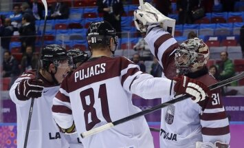 Foto: Latvija gavilē un pārraksta hokeja vēsturi