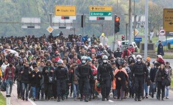 ES ministri nevienojas par obligātu bēgļu uzņemšanas kvotu sistēmu