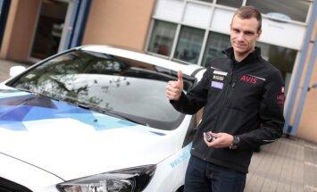 Baumanis ikdienā pārvietosies ar jauno 'Ford Focus RS'
