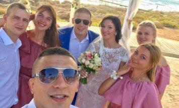Apprecējusies titulētā Latvijas cīkstone Grigorjeva