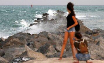 Foto: Kā tūristi Karību salās pārcieta 'Irmu'