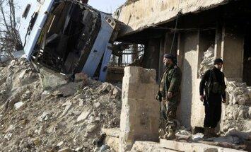 Krievijas un Sīrijas spēki vērš gaisa triecienus pret nemierniekiem Alepo