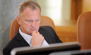 Tieslietu ministrs ierosina disciplinārlietu pret tiesnesi Bulu