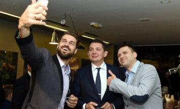 Foto: Kā politiskās partijas svinēja vēlēšanu naktī