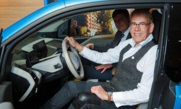 Mārtiņš Rītiņš turpmāk brauks ar 'BMW i3' elektromobili