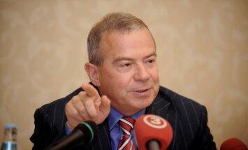 Лембергс: за пару лет экспорт нефтепродуктов России через порты Латвии не иссякнет