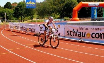 Latvijas juniori starp atpalicējiem EČ kalnu riteņbraukšanā