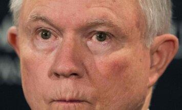 Tramps nožēlo ģenerālprokurora izvēli, kurš norobežojas no izmeklēšanas par Krievijas iejaukšanos