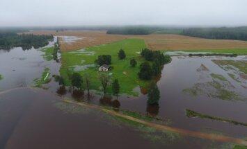Valdība nāk pretī plūdu skartajām pašvaldībām, apgalvo Kučinskis