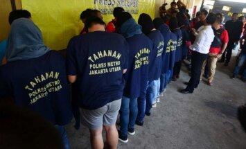 Indonēzijā 'geju ballītē' arestē 141 vīrieti