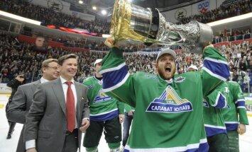 Zviedru vārtsargs Ersbergs pievienojies Šuplera trenētajai KHL debitantei 'Donbass'