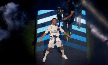 Ronaldu pirms spēles Rīgā atzīts par pasaulē pelnošāko sportistu 'Forbes' versijā