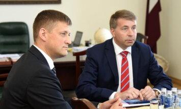 Augulis atbalsta Anša Zeltiņa kandidatūru Rīgas brīvostas pārvaldnieka amatam