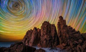 Skaistākās bildes, kurās iemūžinātas zvaigžņotās debesis