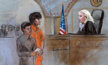 Džohars Carnajevs noliedz vainu visās par Bostonas teroraktu izvirzītajās apsūdzībās