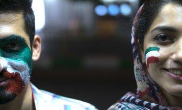 Irānā gandrīz pēc 40 gadu pārtraukuma sievietes ielaiž stadionā noskatīties Pasaules kausa translāciju