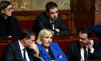Francijas tiesa nosūtījusi Lepēnu uz psihiatrisko izvērtējumu