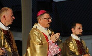 Станкевич: При основании Латвии присутствовало божественное откровение, а теперь страну душит грех алчности